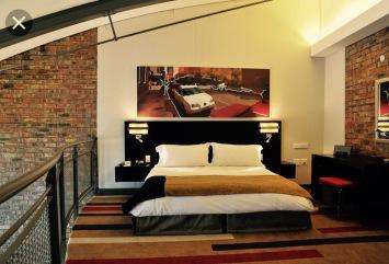 Das Bett im oberen Stock